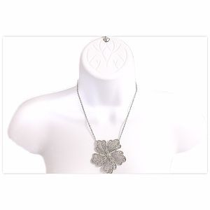 Express Retro Silver Flower Pendent Necklace
